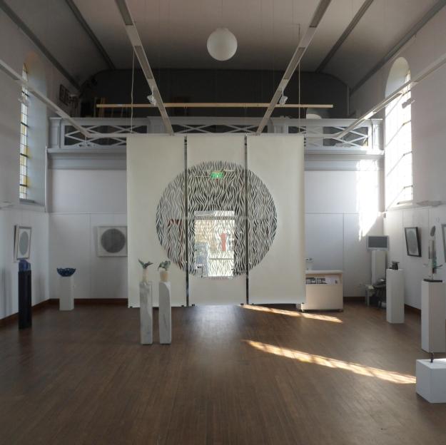 Rise, White Papercut, 3x300x100cm, CWS Verbinding/Connection Exhibition, Terpkerk Urmond, NL, 2014